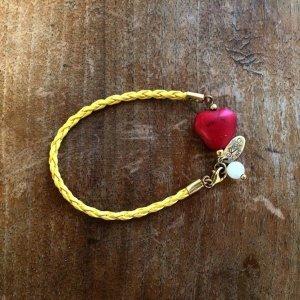 neues Armband mit Herz
