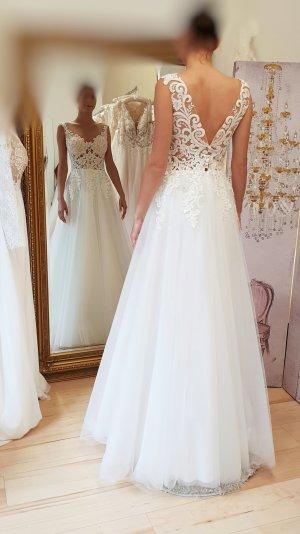 Neues Brautkleid Hochzeitskleid ivory mit aufwendiger Spitze, Unikat Gr. 38