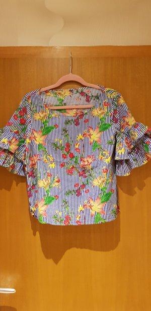 neues buntes T-Shirt