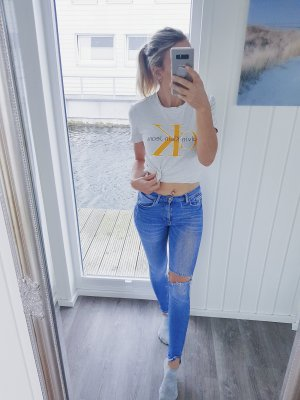 Calvin Klein Camiseta gris claro