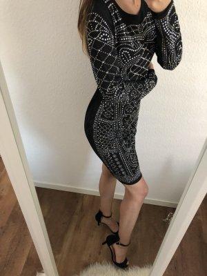 Neues cooles Kleid mit Swarovski Steinen elegant