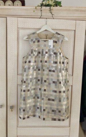 Neues edles Kleid von H&M, mit Etikett