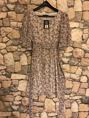 Neues geblümtes Kleid Größe S