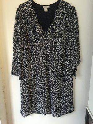Neues H&M Kleid Größe 44