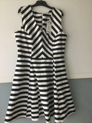 Neues Kleid!!! Größe 42