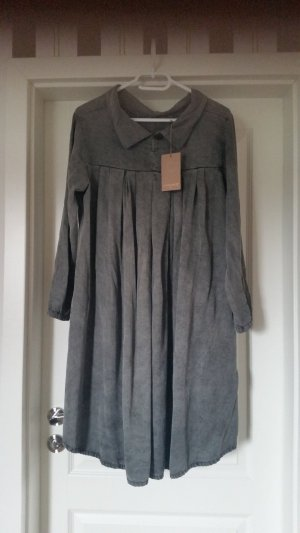 Neues Kleid in one size