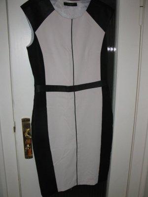 Neues Kleid in schwarz-weiss, D36, Reserved
