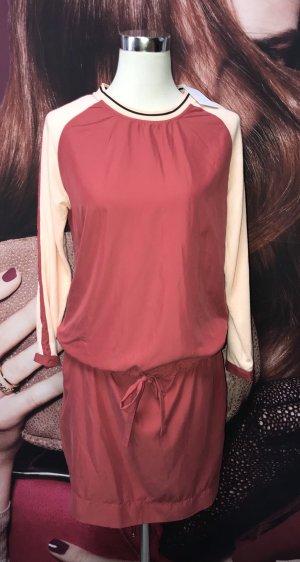 Neues Kleid von Coster