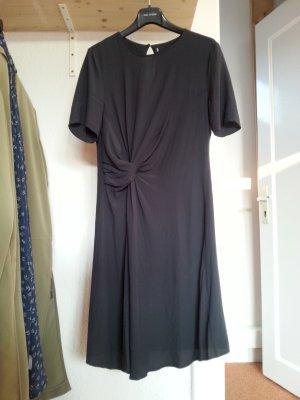 Neues Kleid von H&M aus Viskose