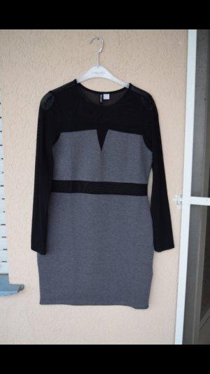 Neues Kleid von H&M mit durchsichtigen Partien