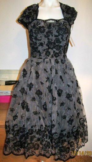 Neues Kleid von H&M sehr edel und schön