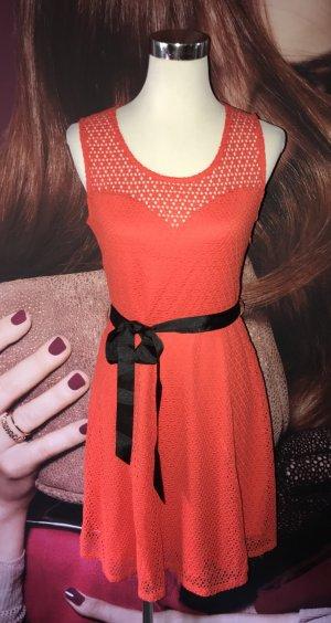 Neues Kleid von Morgan