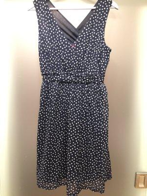 Neues Kleid von S.Oliver - Größe 40