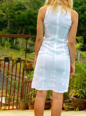 Neues Kleid von Sisley auf Baumwolle