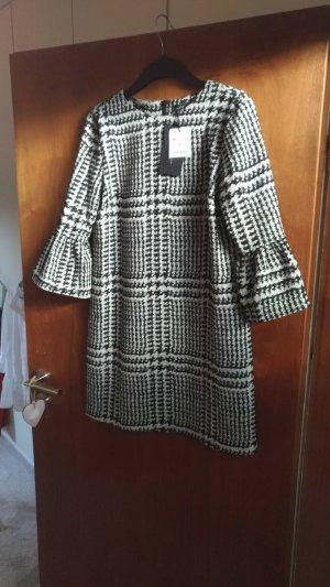 Neues Kleid von Zara, Gr. M