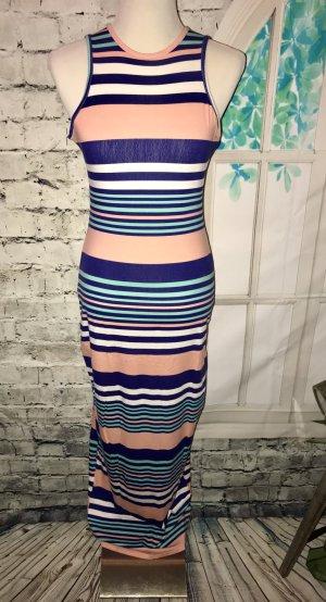 Neues langes Kleid