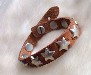NEUES Leder-Armband mit Sternen-Nieten