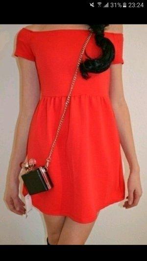 Neues rotes mini Kleid