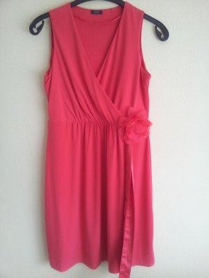 Neues rotes Sommerkleid von Esprit
