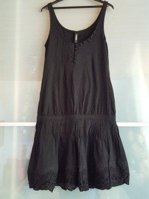 neues schwarzes Only Kleid Größe S mit Zierknöpfen