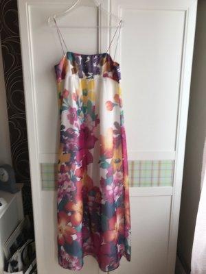 Neues Seidenkleid von Zara