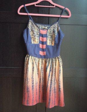 Neues Sommerkleid von Ecoté/Urban Outfitters S/36 90€ Zara