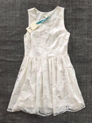 Neues Spitzen Blumen Kleid