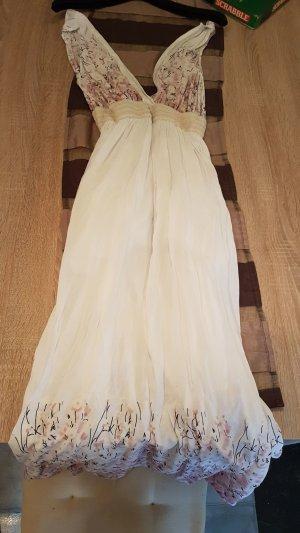 neues und ungetragenes kleid in weiß