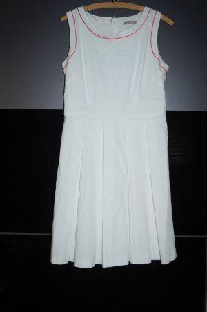 neues weißes A-Linien Kleid