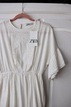 Neues weißes Kleid von Zara Größe S Perlen Stickerei Baumwolle Boho Ethno