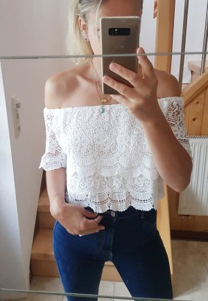 Neues weißes Off-the-shoulder Top Spitze Lochstickerei Trend Blogger Musthave
