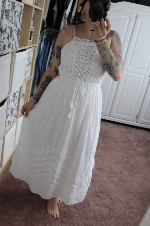 Neues weißes Sommer Maxi Kleid von Zara Größe S mit Stickerei