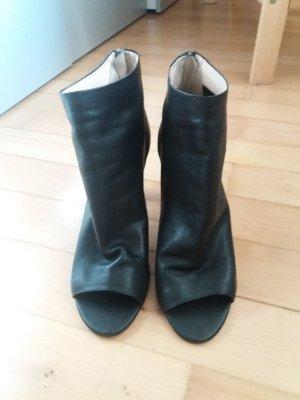 Neuw. Ankle Boots Peeptoes v. Steffen Schraut Gr. 39