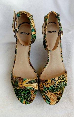 Neuwertge Keilabsatz Schuhe von Bronx