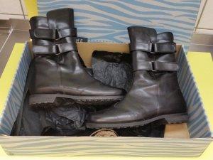 Neuwertig! 270 €  Vabeene Stiefel Leder / Lammfell Gr 39