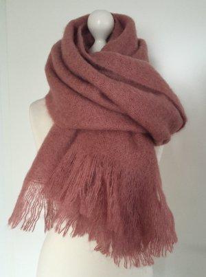 Neuwertig - Dicker Schal in Rosé aus einer Mohair-Mischung von COS (Koll. 2016)