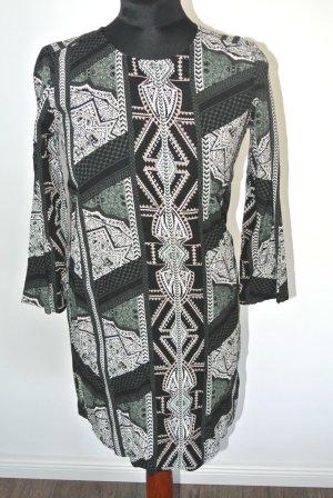 Neuwertig - Ethno Kleid Gina Tricot -