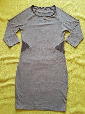 * Neuwertig * FB Sister, Kleid, Shirtkleid, grau, Gr. M