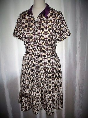 Neuwertig Vero Moda Sommer Kurzarm Kleid gemustert M 40