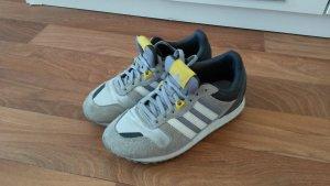 neuwertige Adidas Turnschuhe
