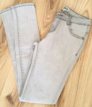 Neuwertige ASOS Jeans Röhren Jeans UK6 XS 34 W25 Grau Slim Fit Ankle Super Skinny Hose
