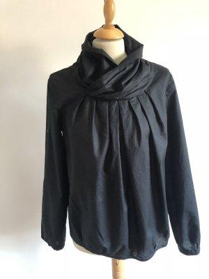 Neuwertige Bluse mit tollem Kragen