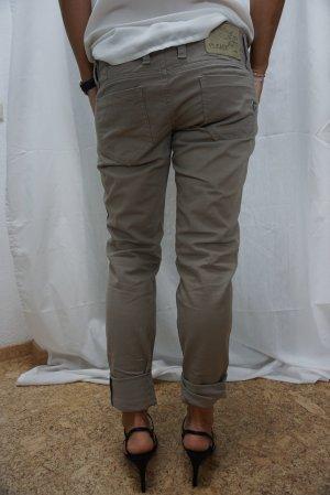 neuwertige Chino, Marke Please, leichte Jeans, taupe, Gr. M, perfekte Sommerhose, NP 69,90€