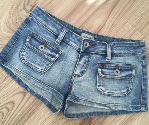 Neuwertige Clockhouse Jeans Low Waist Hot Pants Denim Shorts XS 34 Blau kurze Hose