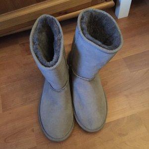 Neuwertige EMU Boots Stinger Lo in grau, Grösse 39
