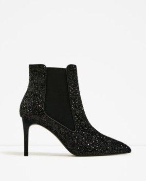 neuwertige Glitter Boots/ Stiefeletten mit Pfennigabsatz