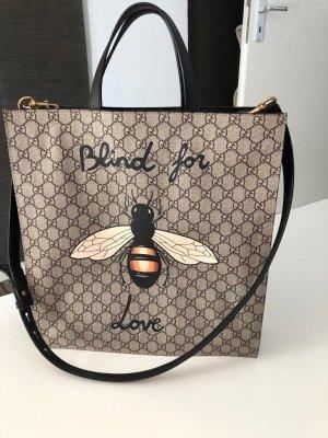 Neuwertige Gucci Tasche