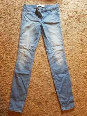 Neuwertige Hollister Jeans