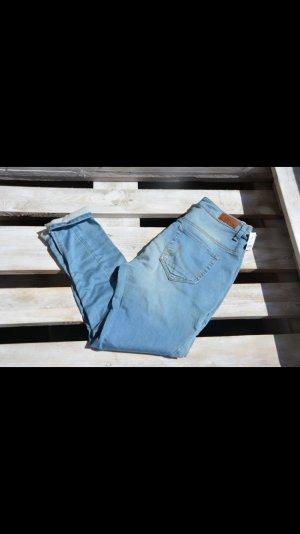 Neuwertige Hose von LTB