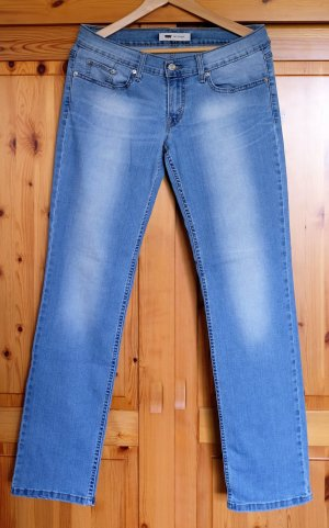 Neuwertige Jeans LEVIS Gr.29/32 Modell 524 Straight